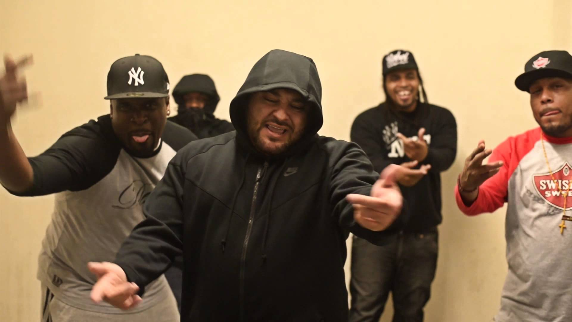 Video: Tony Moxberg ft. Chris Rivers – Gatpack Rap