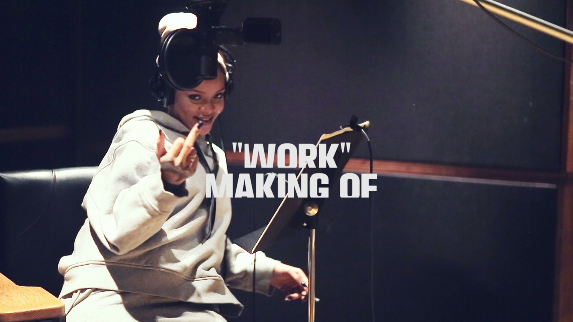 """Studio Sessions: The Making Of Rihanna's """"Work"""" (VIDEO)"""
