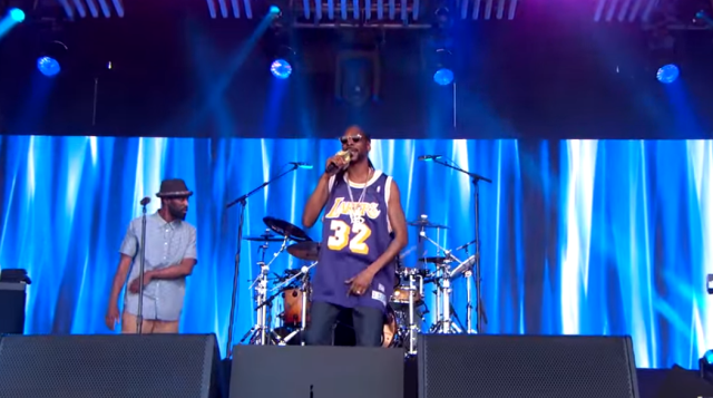 Video: Snoop Dogg Performs On Jimmy Kimmel Live