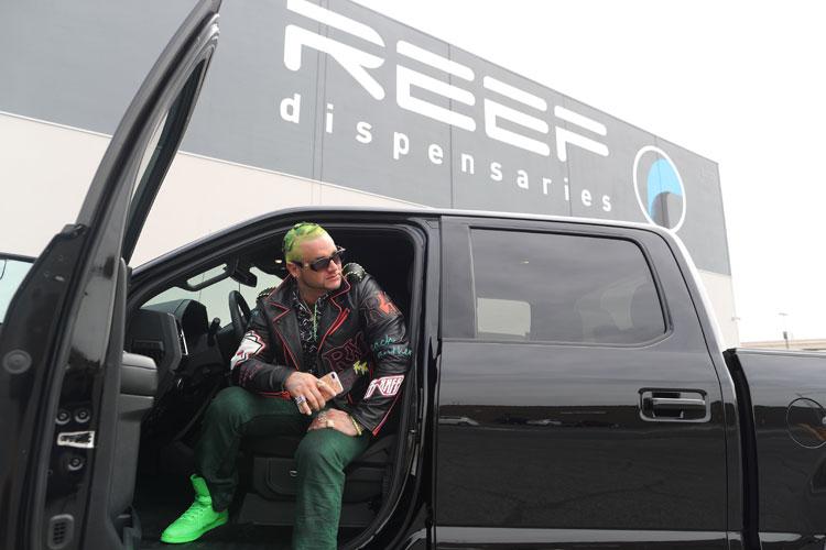 Video: RiFF RAFF – Lamborghini Leg Lock