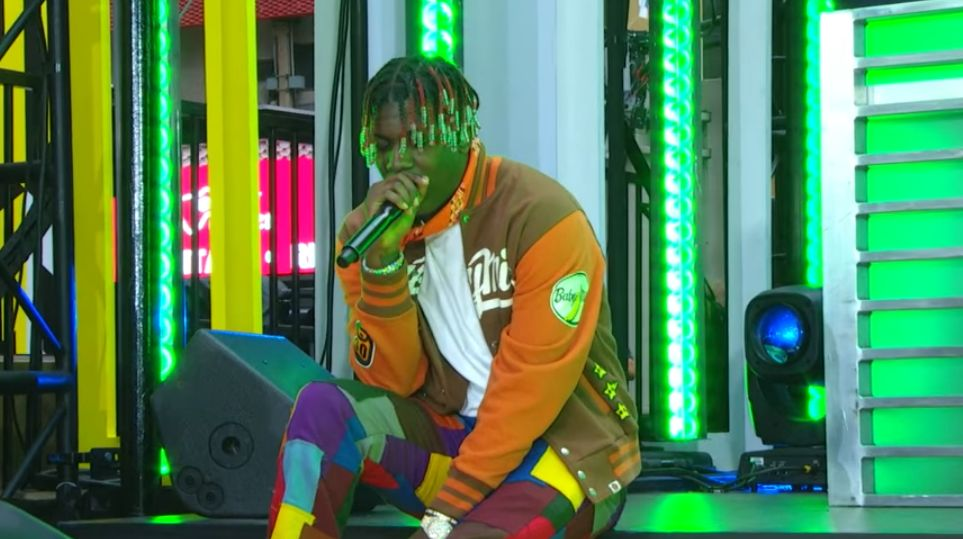 """Lil Yachty Performs """"Forever Young"""" & """"1 Night"""" On 'TRL'"""