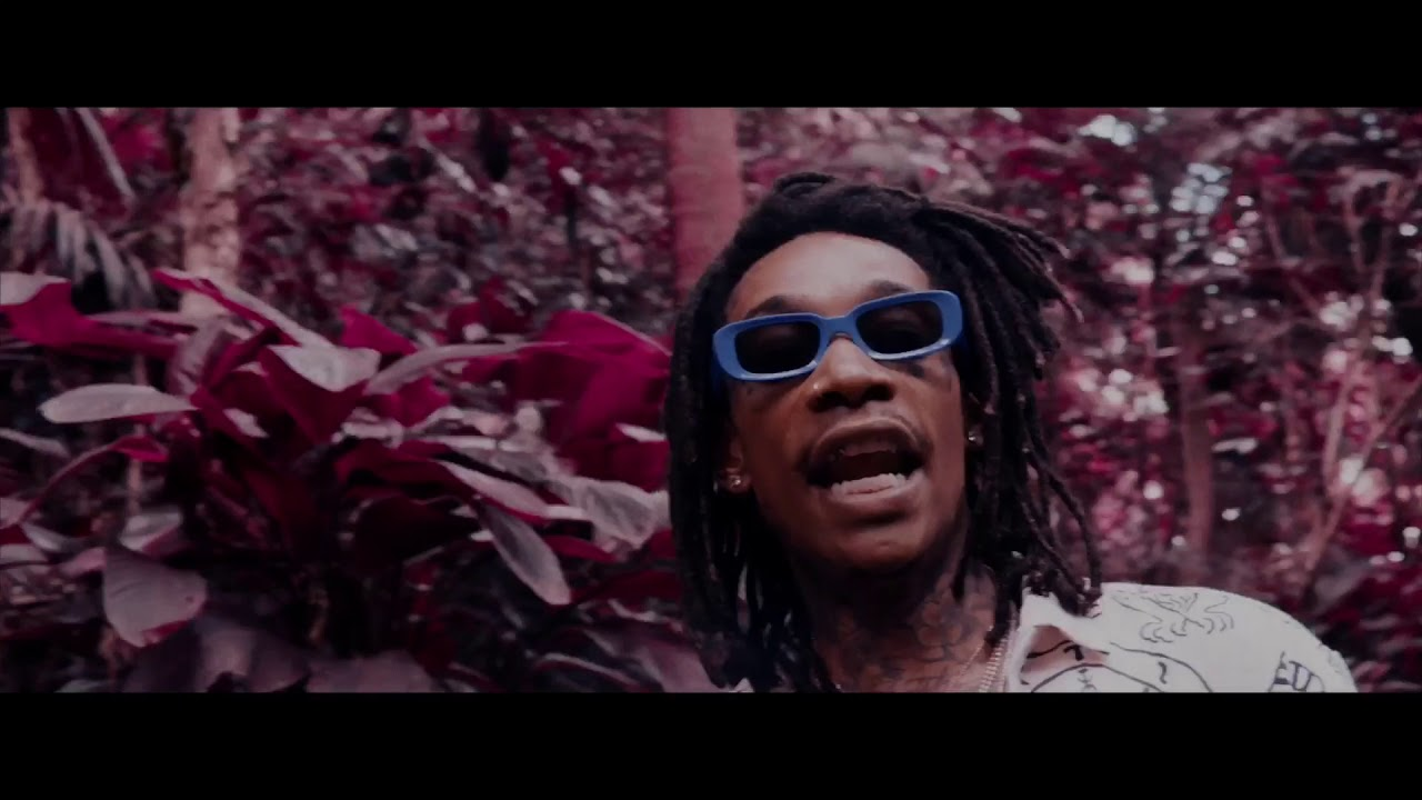"New Video: Wiz Khalifa – ""Hunnid Bands"""