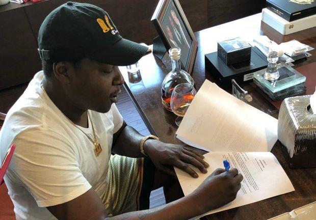 Jadakiss Inks A Deal w/ 'Roc Nation'