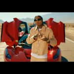 "New Video: Tyga – ""Floss In The Bank"""